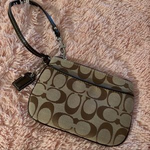 Classic tiny Coach wristlet - perfect condition